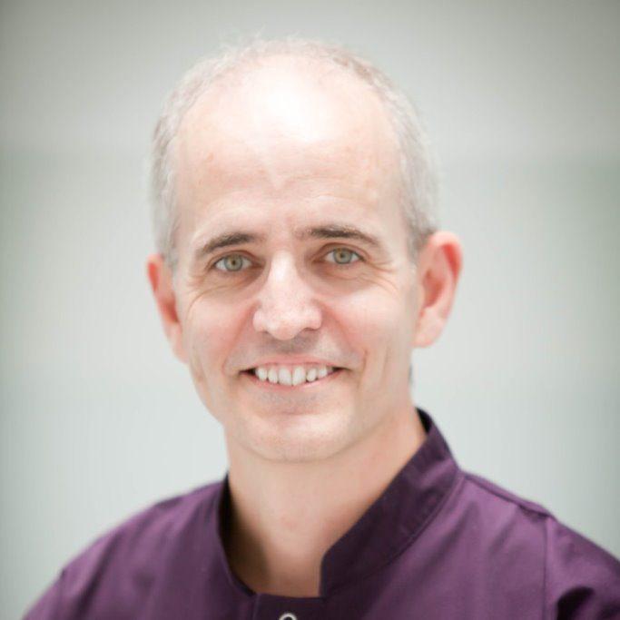 Dentist Robert Handly
